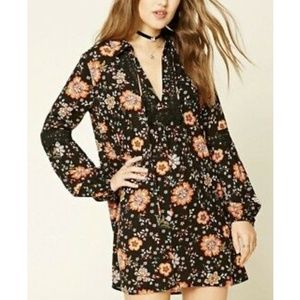 Forever 21 Tiered Floral print shift dress Small